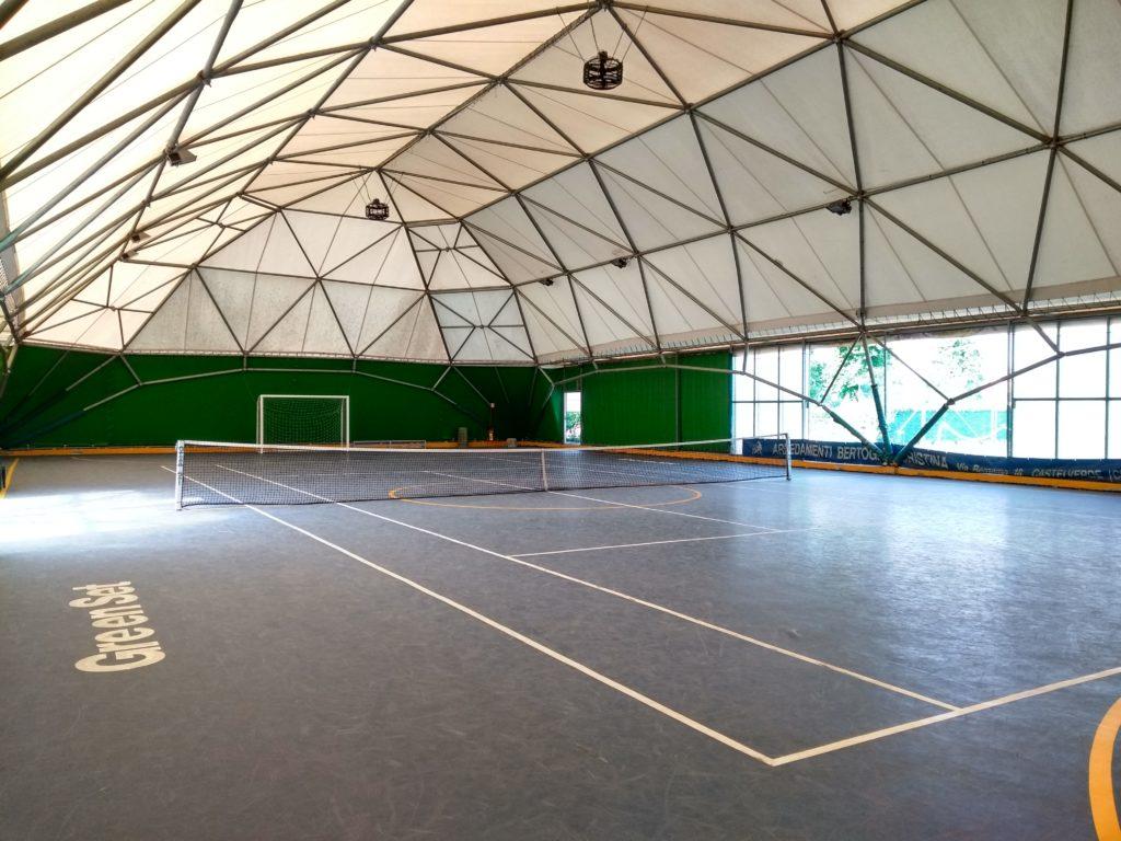 Campo polivalente coperto astra, tennis e calcetto anche di inverno vicino a Cremona